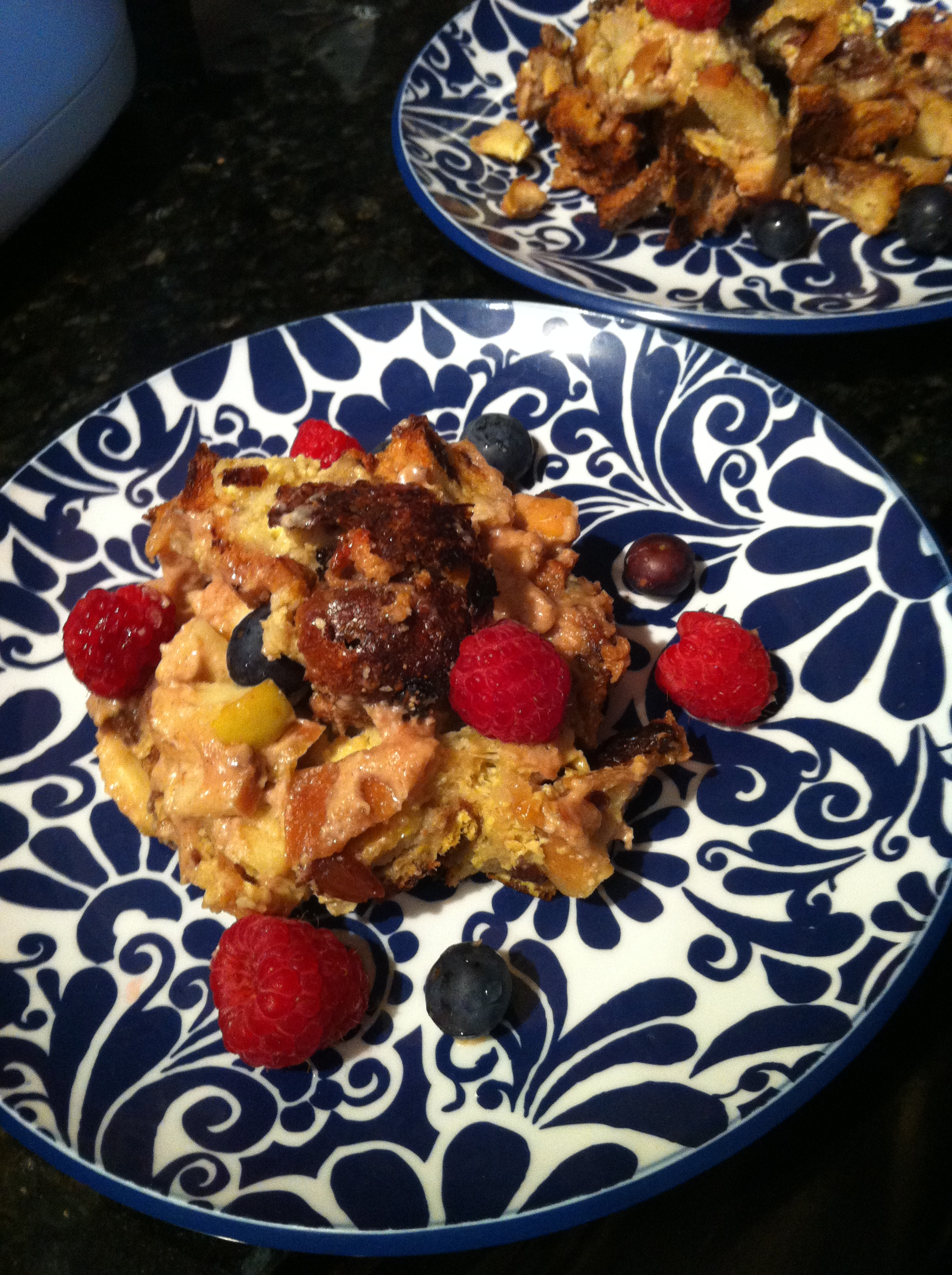 Apple Cinnamon French Toast Casserole with Maple Cream Cheese Filling