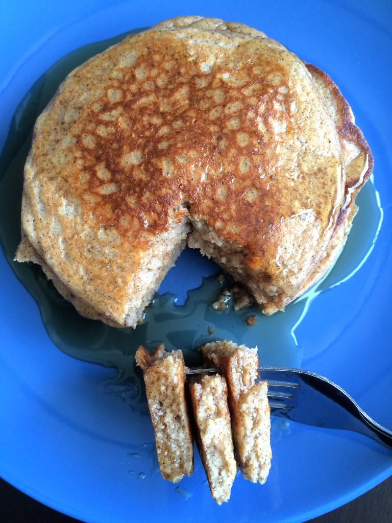 Oat and Greek Yogurt Pancakes * Once In A Blue Spoon