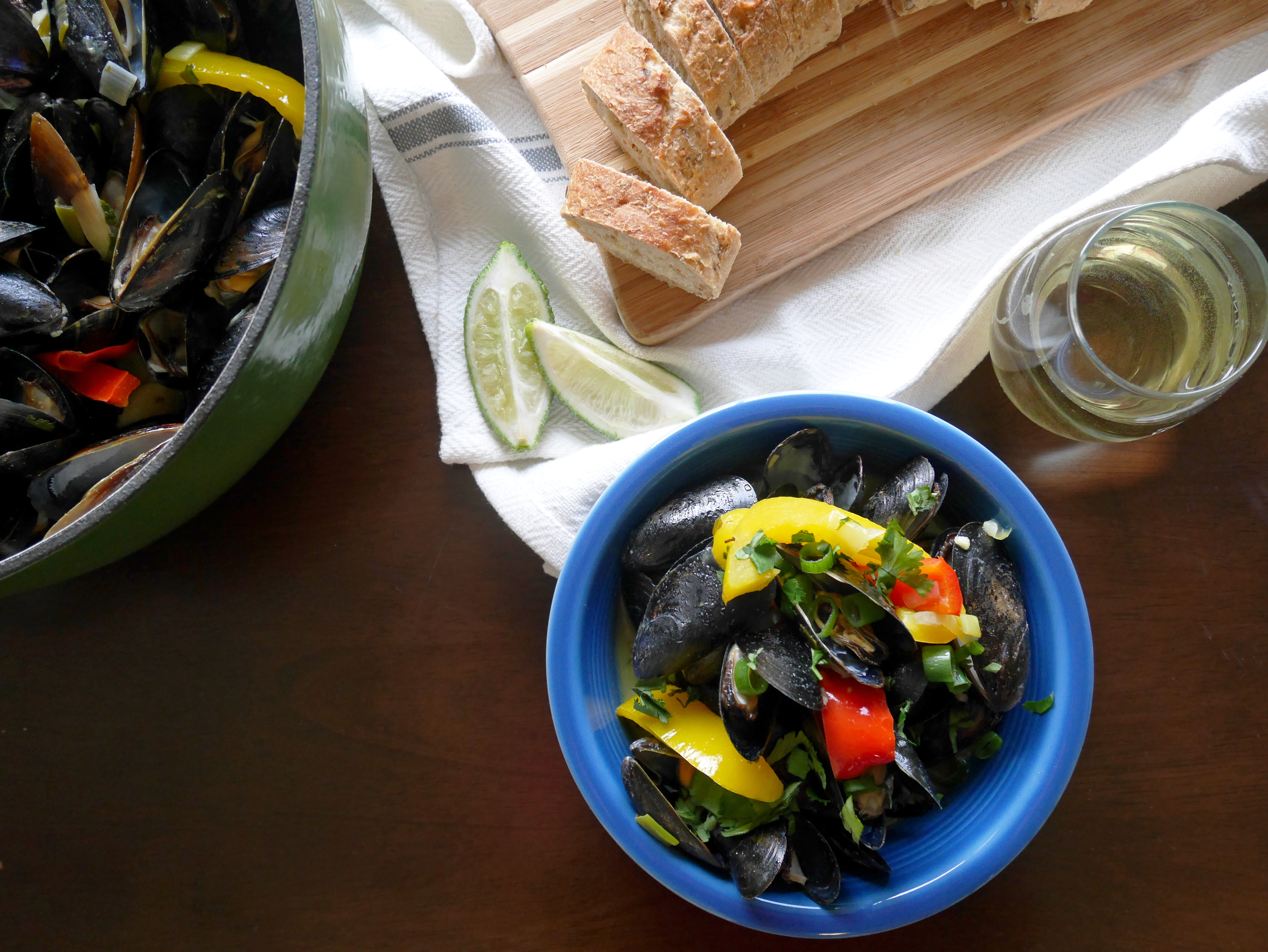 Coconut Curry Mussels * Once in a Blue Spoon
